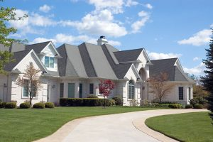 Read more about the article When Should a Roof Be Replaced in Florida?