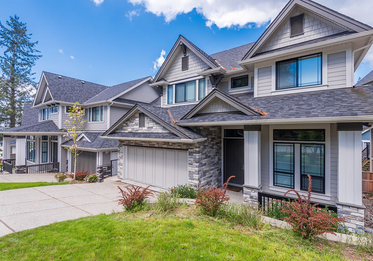 Read more about the article Fall Roof Maintenance Tips in 2020
